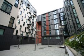 1 Bed Unfurnished City Apartment, Oswald St