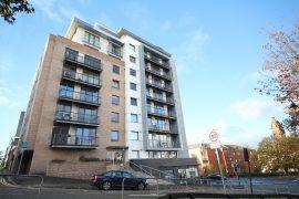 2 Bedroom Furnished Flat on Rose Street with Parking, Garnethill, Glasgow City Centre