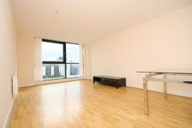 2 Bed Executive Apartment, Stobcross St Available 18/9/2020