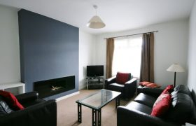2 Bed Furnished Apartment, Wellmeadow St Available 14/10/2020